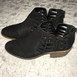 Vince Camuto Black Peera Cutout Ankle Booties
